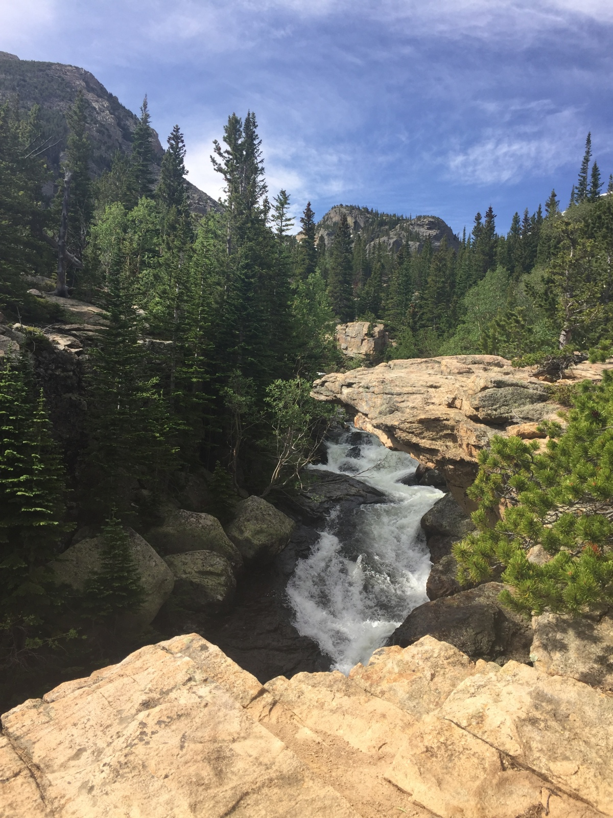 Waterfalls, Wildflowers, Weather and Wine – Why I love the Rocky Mountains in July