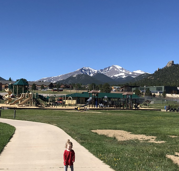 stanely park in estes park colordao