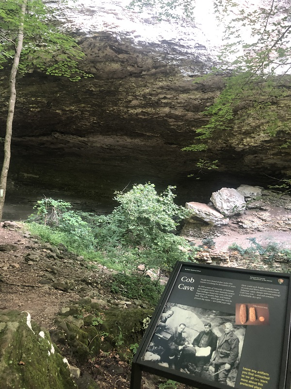 lost valley trail buffalo national river, caves. cob cave