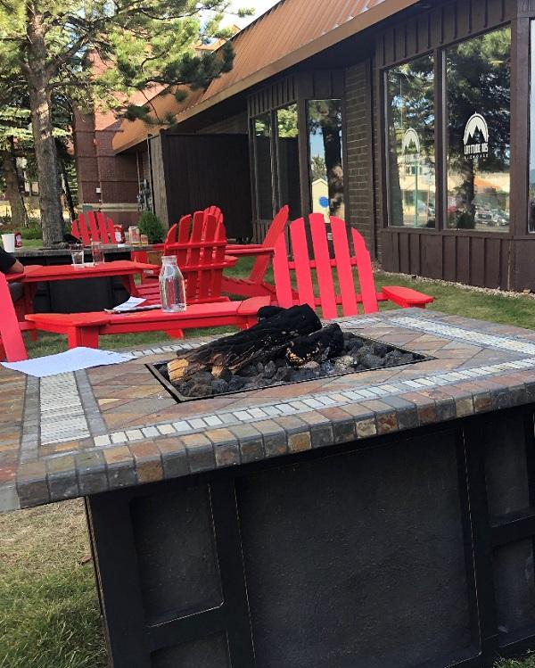 Latitude 105 outdoor seating restaurant in estes park. gluten free options