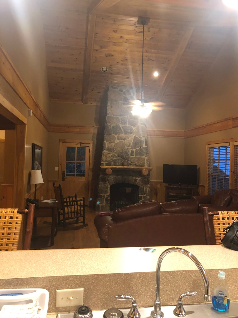 rent a cabin at mount magazine